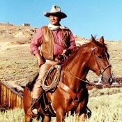 Si va de indios y vaqueros, este es tu hombre